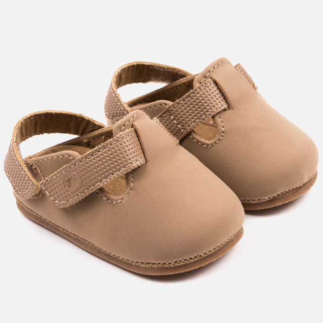 4eacaf5cb2b mayoral pre-walker shoes in cinnamon - baby clothes - EXCELLENT